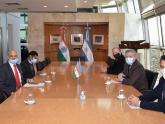 Reunión con Embajador de la India