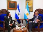Jorge Neme con el vicepresidente de El Salvador