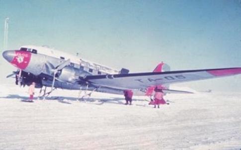 Expedición al Polo Sur de la Fuerza Aérea Argentina en 1965