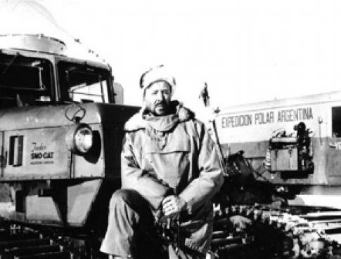 Jorge Edgard Leal, primer director de la DNA