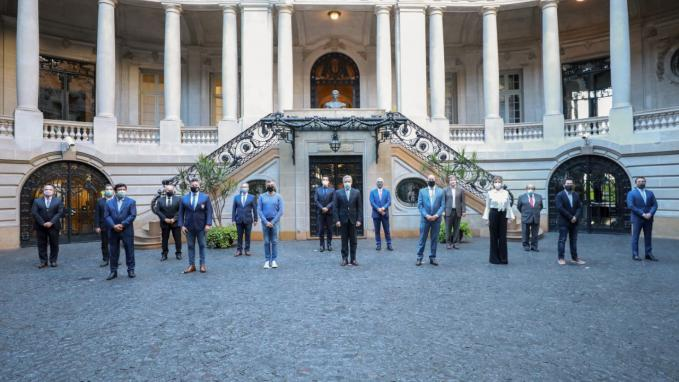 Canciller Solá con intendentes de la Provincia de Buenos Aires